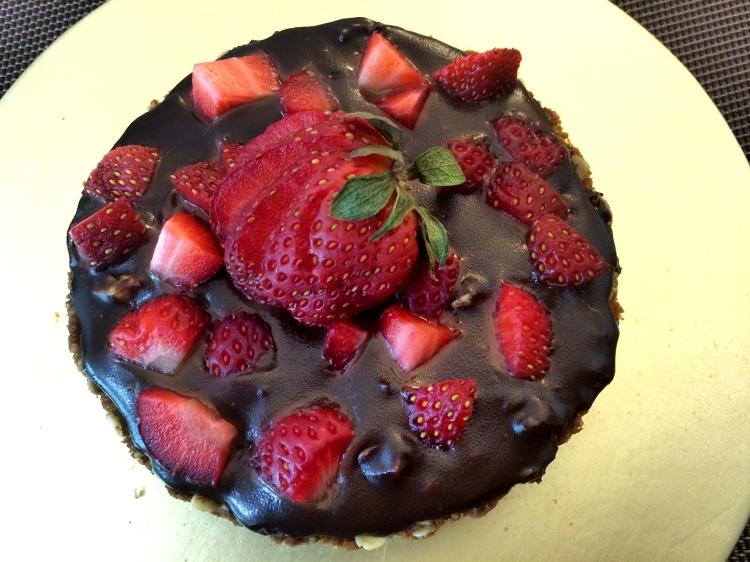 Easy to Make Dark Chocolate Strawberry Tart